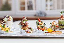 ALvis to go Eventcatering finger food selection Berlin-Mitte