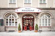 außenansicht vom Hotel Albrechtshof in Berlin Mitte