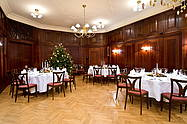 Banquet hall J. Klepper at Hotel Albrechtshof festively decorated