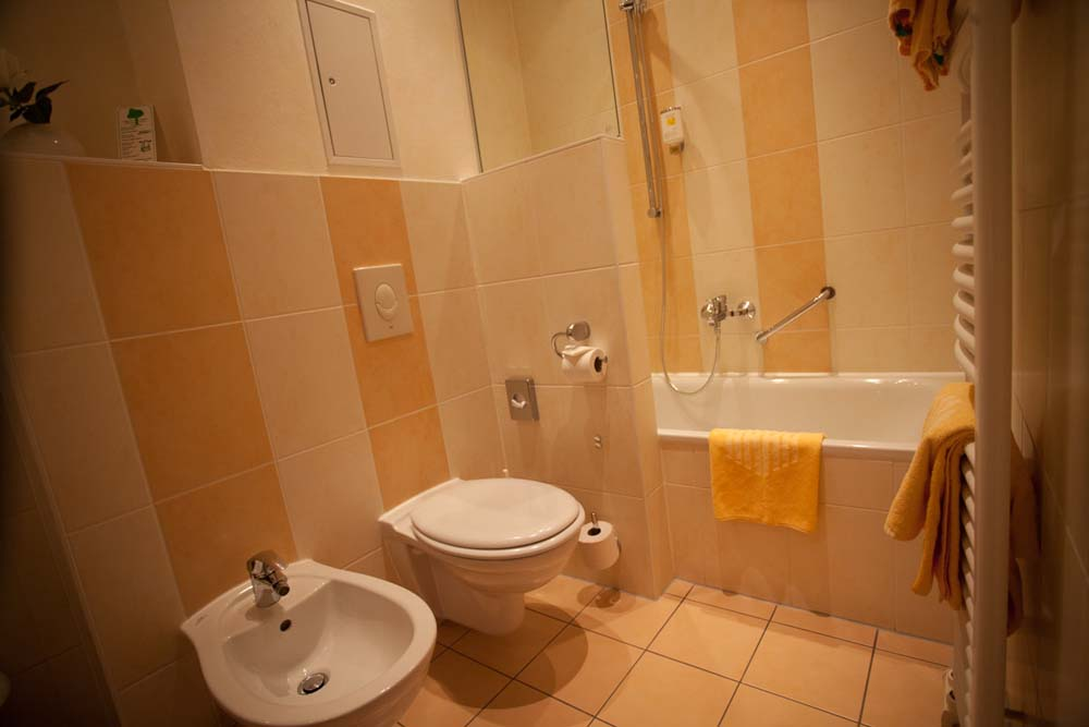 Bathroom in Hotel Albrechtshof Berlin Mitte