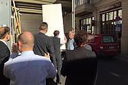 Das Team vom Hotel Albrechtshof bei der Matratzenanlieferung