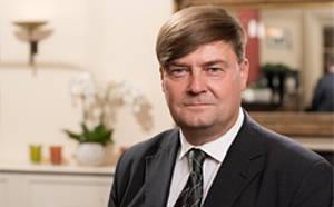 Eric Krause Empfangschef der Albrechtshof Hotels in Berlin Mitte