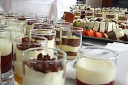 Fingerfood Dessert im Gläschen vom ALvis Catering-Service Berlin Mitte