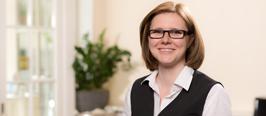 Katrin Arnold reservation agent