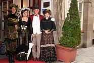 Kostümierte Gäste