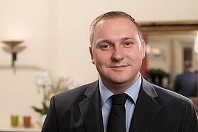 Reservierungsmitarbeiter Jakob Stolze